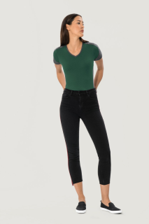 Damen-V-Shirt Contrast Performance, Hakro 190 // HA190
